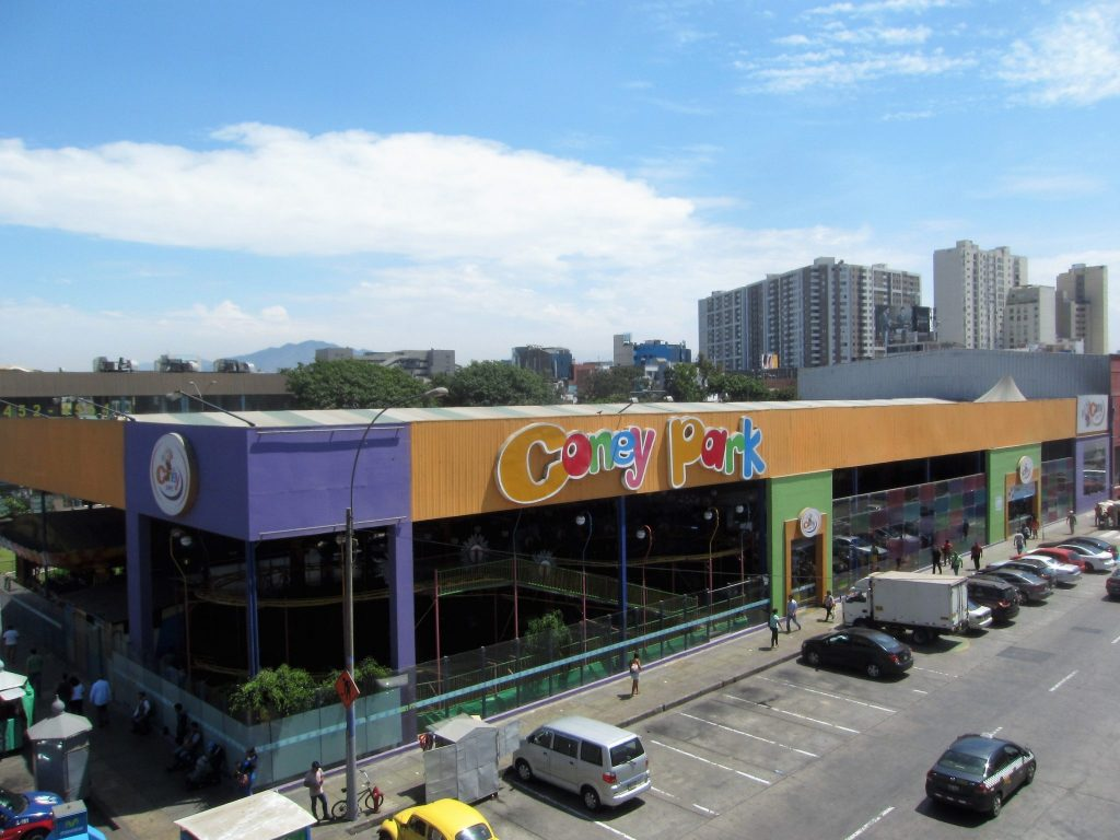 ペルー、リマ、プラサ・サンミゲール、ショッピング、お土産