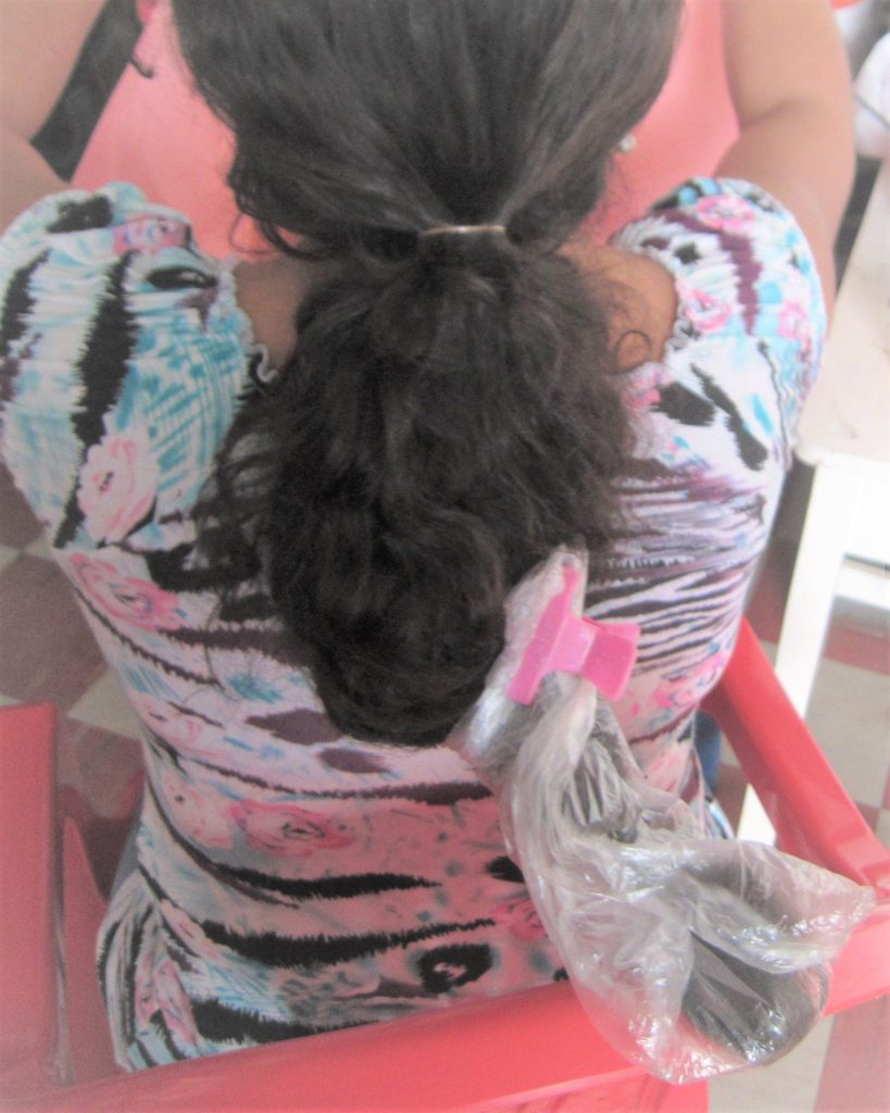 ペルー、美容院学校、トリートメント