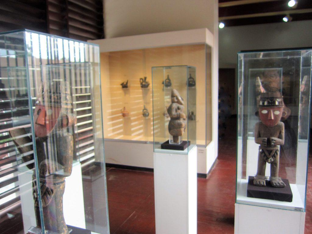 ペルー、観光スポット、世界遺産、チャンチャン