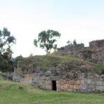 ペルー・クスコの隠れた観光スポット、ルミ・ワシ Rumiwasi 古き失われた家