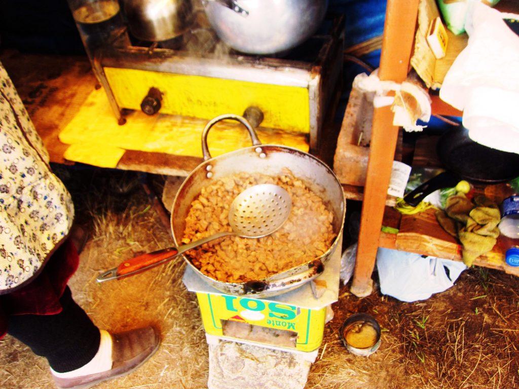 ペルー、クスコ、観光スポット、温泉、ペルー料理、アルパカ