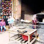 ペルー・クスコの観光スポット、ピサックのおすすめエンパナーダ!焼きたて釜焼きパンは、ホクホク!