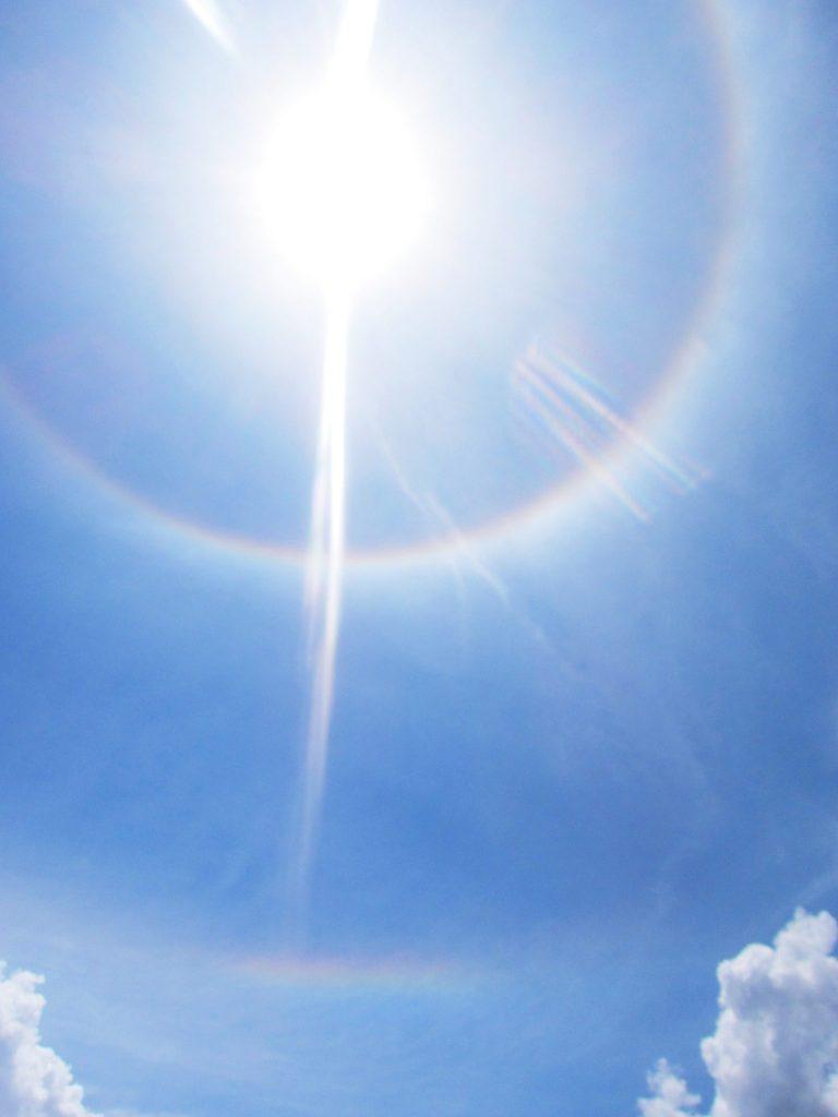 ペルー、クスコ、自然現象、虹、ハロ、ラテラルアーク