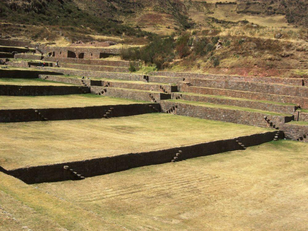 ペルー、クスコ、観光スポット、遺跡、Tipon