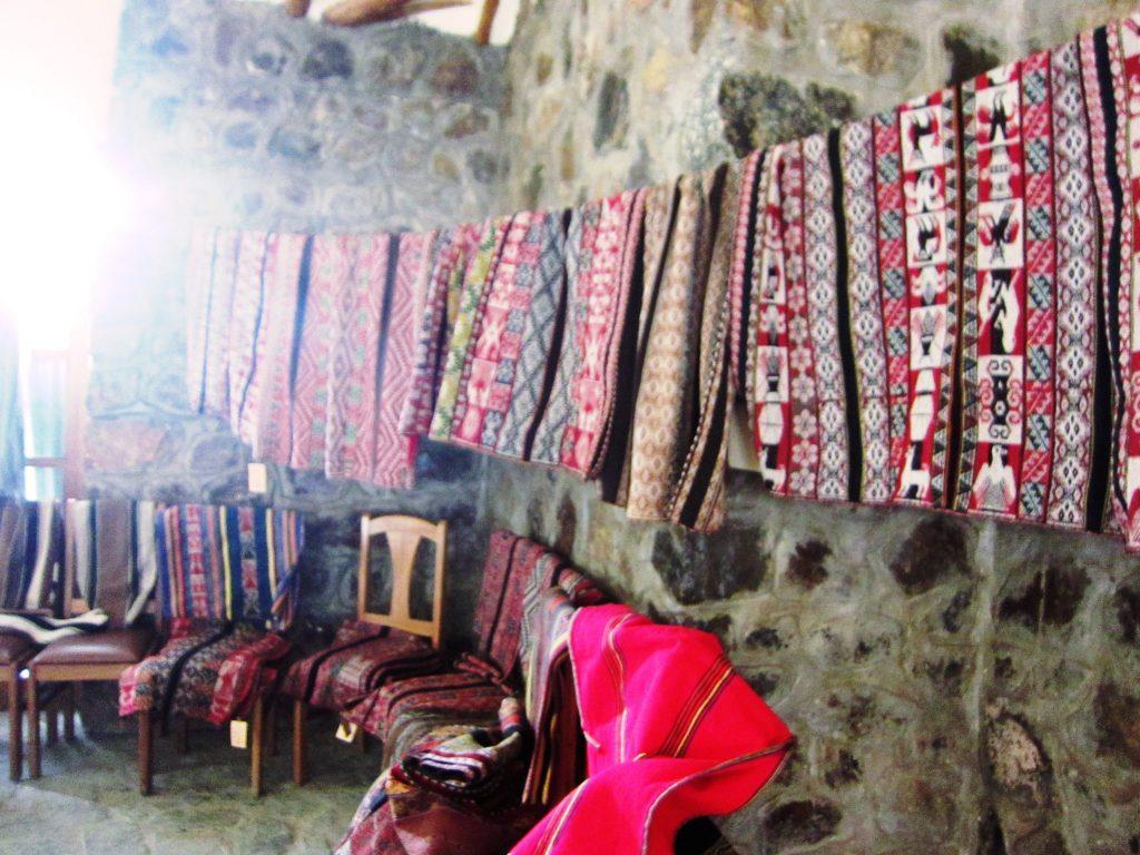 ペルー、クスコ、カルカ、観光スポット、温泉