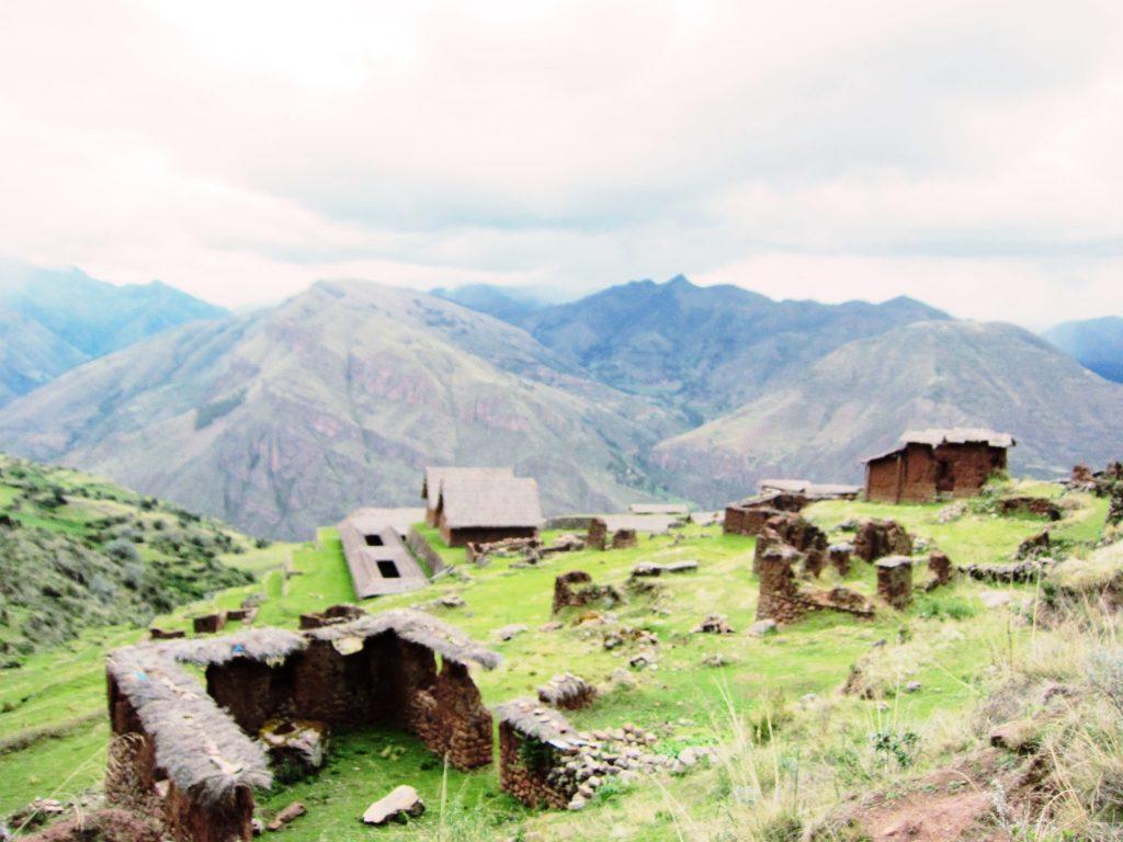 ペルー、クスコ、カルカ、観光スポット、遺跡