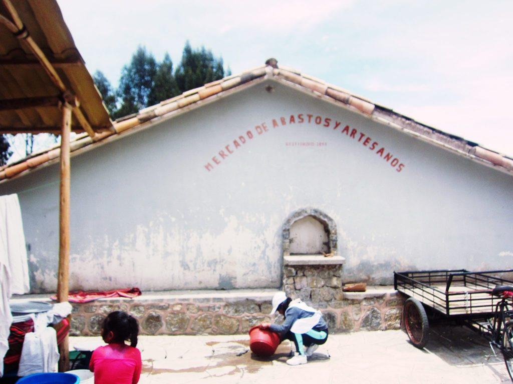 ペルー、クスコ、観光スポット、チンチェーロ、Chinchero、フェリア、Feria、お土産、市場