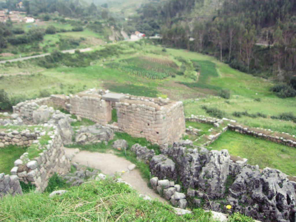 ペルー、クスコ、観光スポット、遺跡、Puka Pukara、プカ・プカラ
