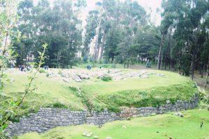 ペルー、クスコ、観光スポット、遺跡、Qenqo Chico、ケンコー・チコ