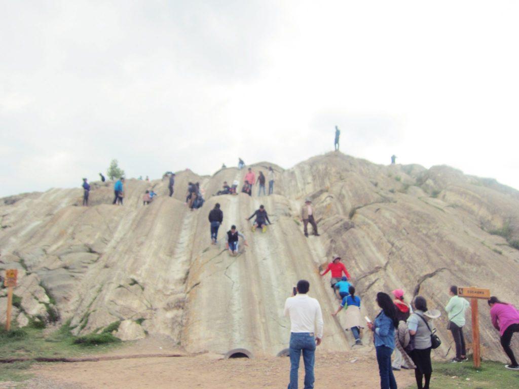 ペルー、クスコ、観光スポット、遺跡、Sacsayhuaman、サクサイウアマン