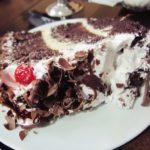 ペルー・クスコのカフェ La Catalana で、ペルーのケーキをご褒美のデザートに食べてみた感想!大きい!甘い!