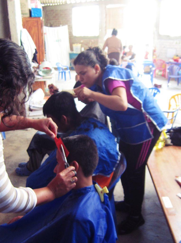 ペルー, 美容院, 学校, 散髪