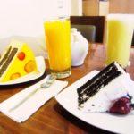 ペルー・クスコの中心地から近いケーキやパンなどのデザート・カフェ Povea の店内はとても広々!