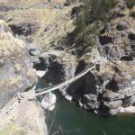 ペルー・クスコ県にある観光スポット、インカ最後の橋 Queshuachaca / Q'eswachaka ケスワチャカは、毎年生まれ変わる